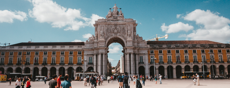 Reasons to Study Abroad in Portugal Cover